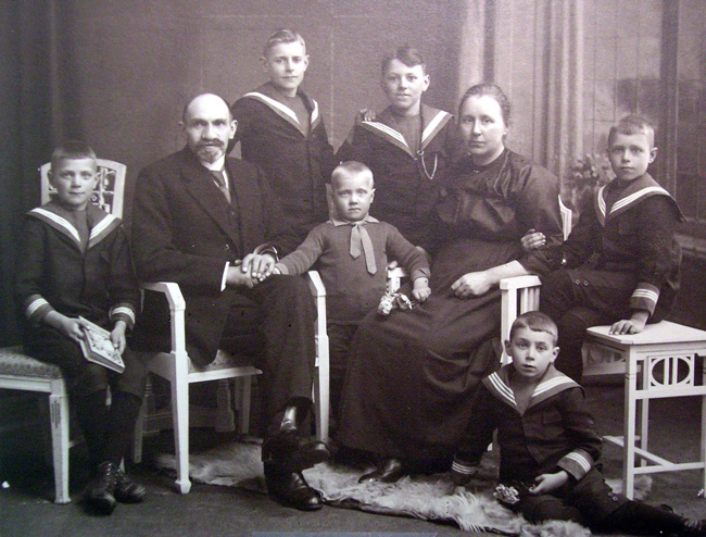 familieportret Fortuin ca. 1921